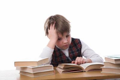 Child studying, student