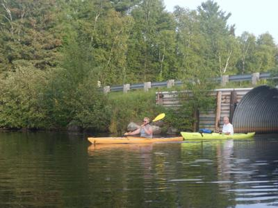 Hut paddling