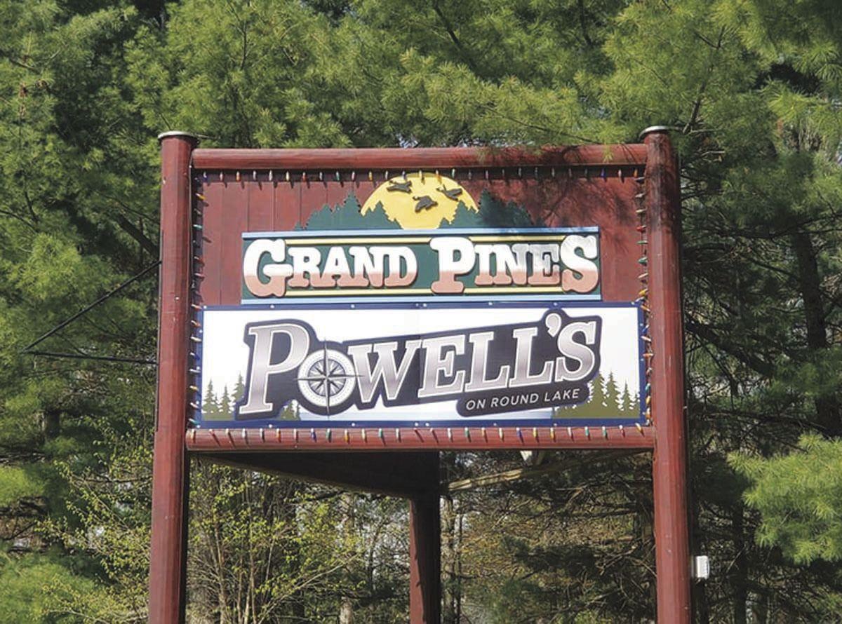 Powell's On Round Lake