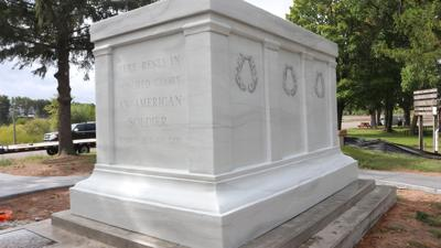 Tomb of the Unknown Soldier replica placed