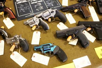 Spooner gun show03.jpg