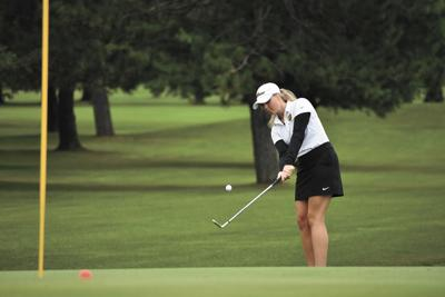 hhs golf-mary smith 1.jpg