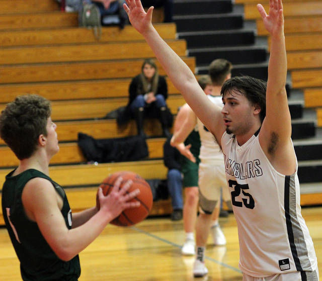 BOYS BASKETBALL: Perry downs Olivet, 54-38