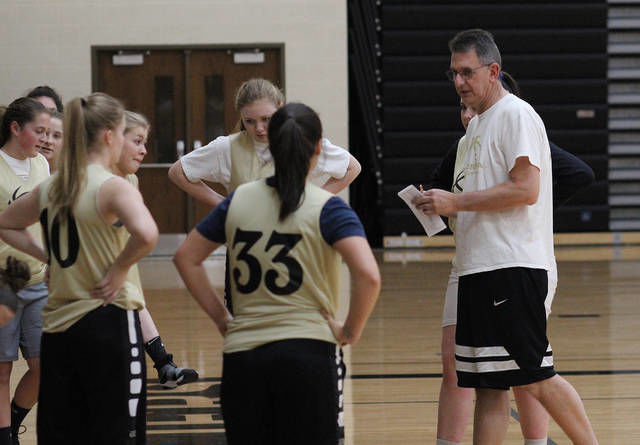 GIRLS BASKETBALL PREVIEW: Corunna returns just one starter from district title team