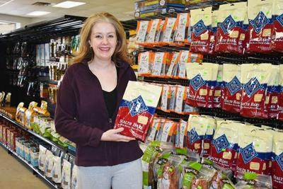 Animal lover opens Durand pet supply store