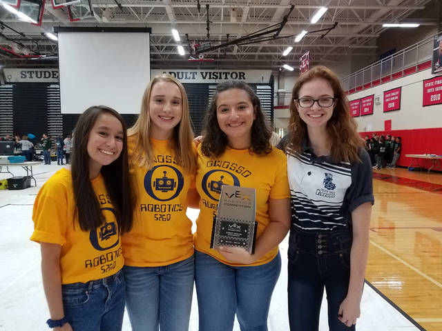 Owosso students compete in robotics event