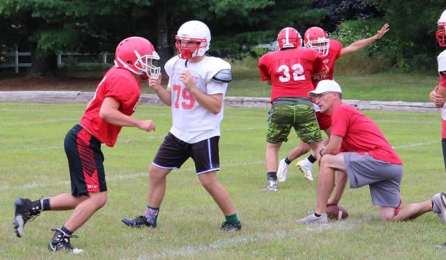 GRIDIRON GUIDE '19: Laingsburg motivated to return to playoffs