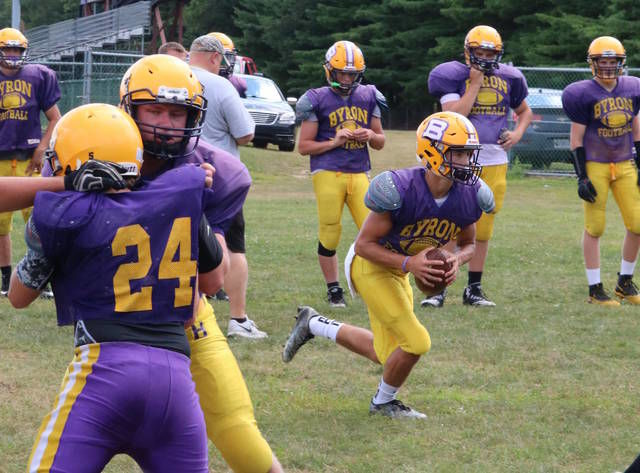 GRIDIRON GUIDE '19: Byron hopes improved chemistry adds up to wins