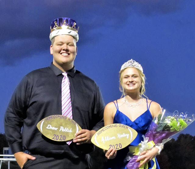 Byron announces homecoming king, queen