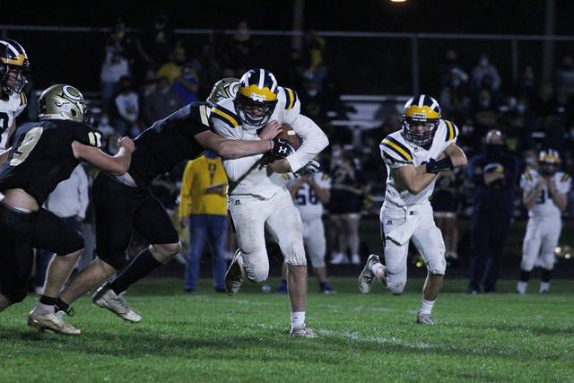 FOOTBALL: Steinacker, Herrick each score 5 TDs in Corunna rout of Owosso