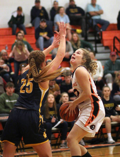 GIRLS BASKETBALL: Chesaning fends off pesky Owosso 50-35 to reach district final