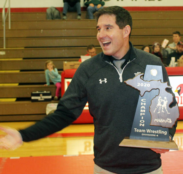 WRESTLING: Hornets breeze to 25th straight title