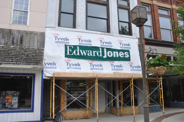 Work underway on facade grant projects