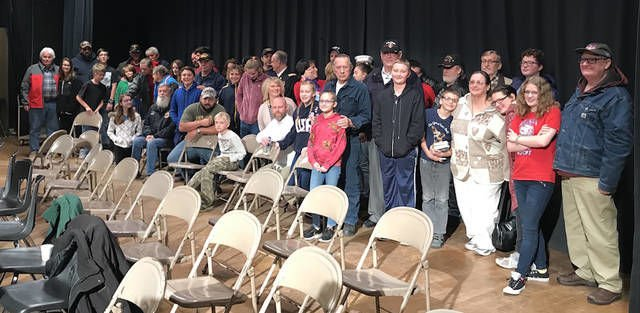 Owosso students celebrate veterans