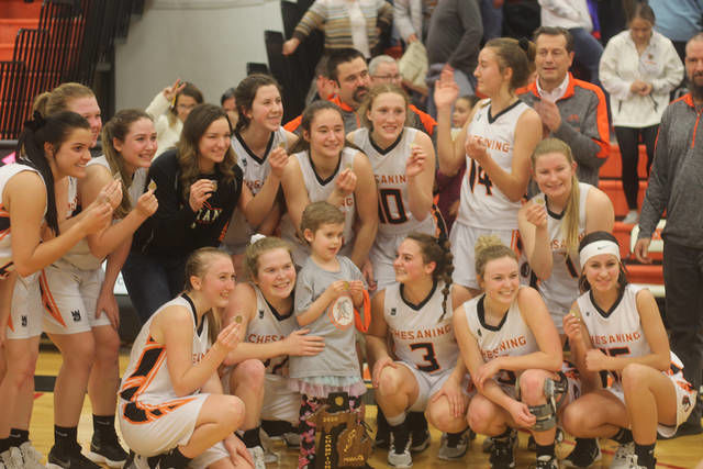 GIRLS BASKETBALL: Indians rally to win first district since 2009