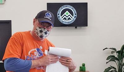 Idaho marijuana petitioners set up at Ontario recreational dispensary