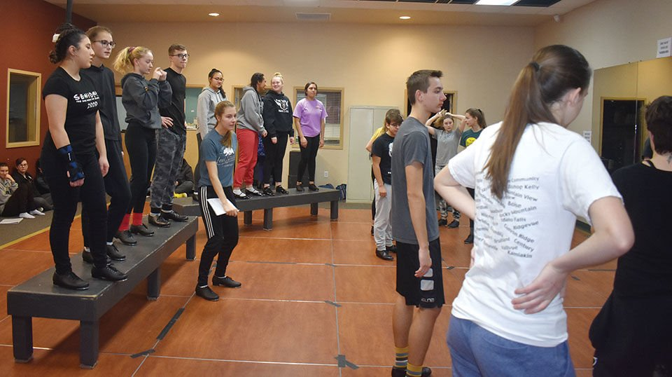 Theater students get newsy
