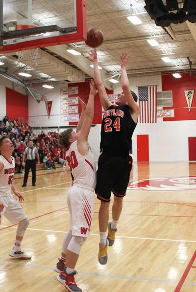 Grizzlies hold on for win at Weiser