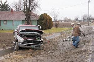Crash on U S  Highway 20 injures 1 | Local News Stories