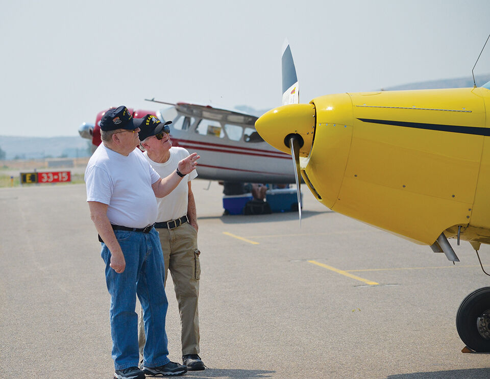 Butler brothers, both veterans, check out the planes