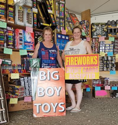 Fireworks booth owners plan donation