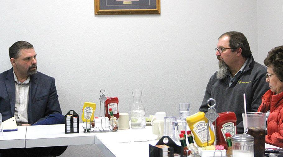 Former sheriff stops by meet-and-greet