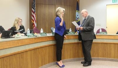 Taking the oath for Fruitland City Council