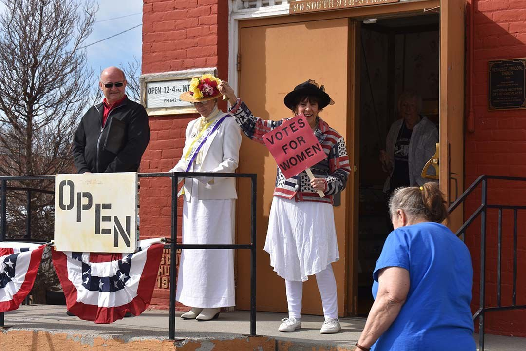 "Payette celebrates ""Women 100"""