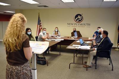 Mask debate heats up at board meeting