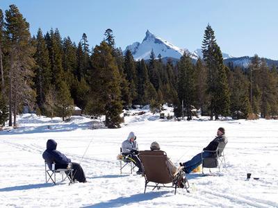 ice fishing Diamond Lake