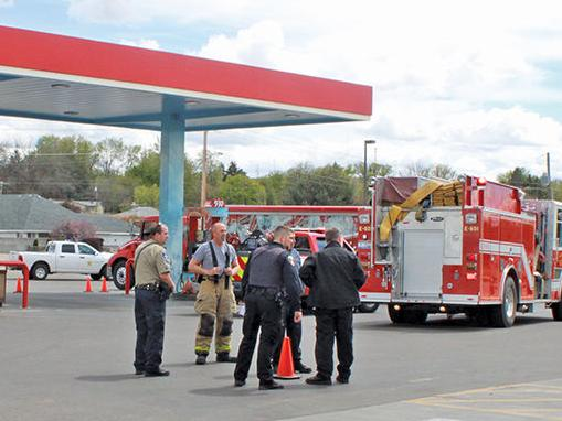 Cops look into fire at Payette gas station