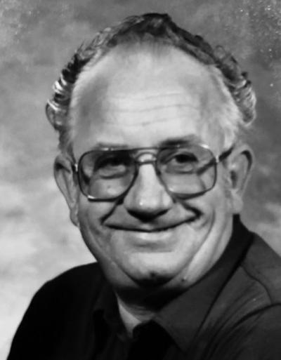 Robert 'Bob'  Leroy Wells