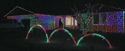 Christmas Light Show.Man Revamps Christmas Light Show For Community Local News
