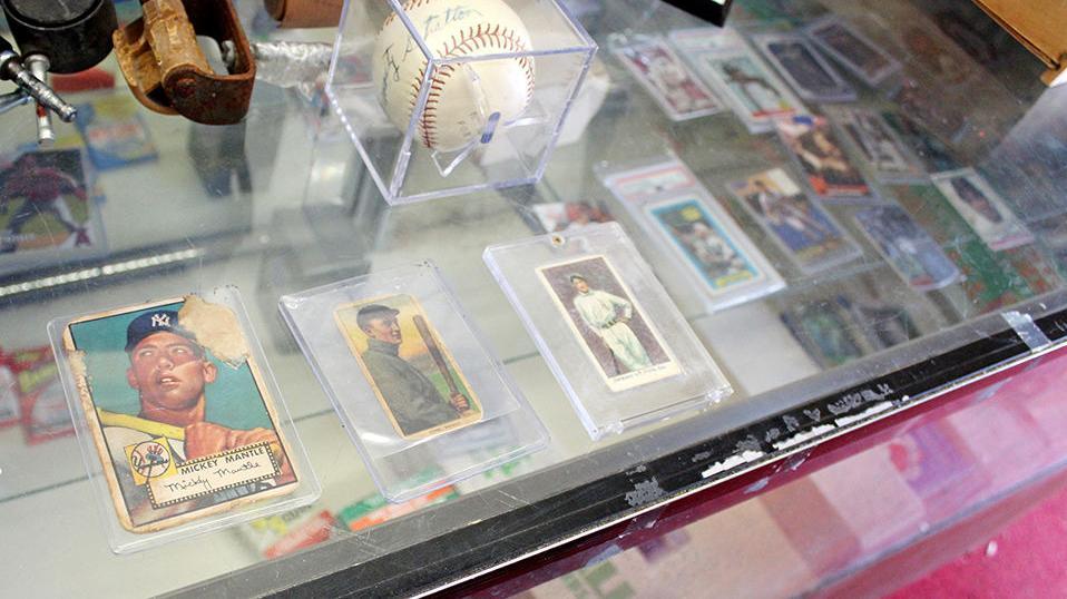 Hall-of-Famer baseball cards