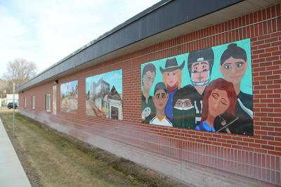 Vale high School murals