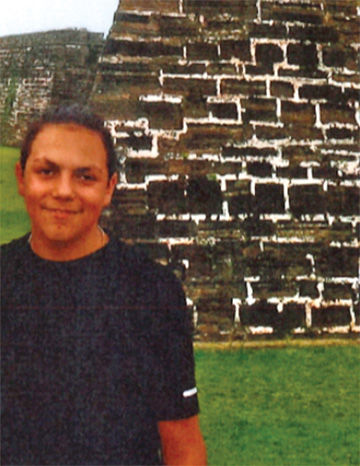 Police seek public's help finding missing teen