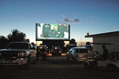 Light up the screen!:Parma Motor-Vu powers through pandemic