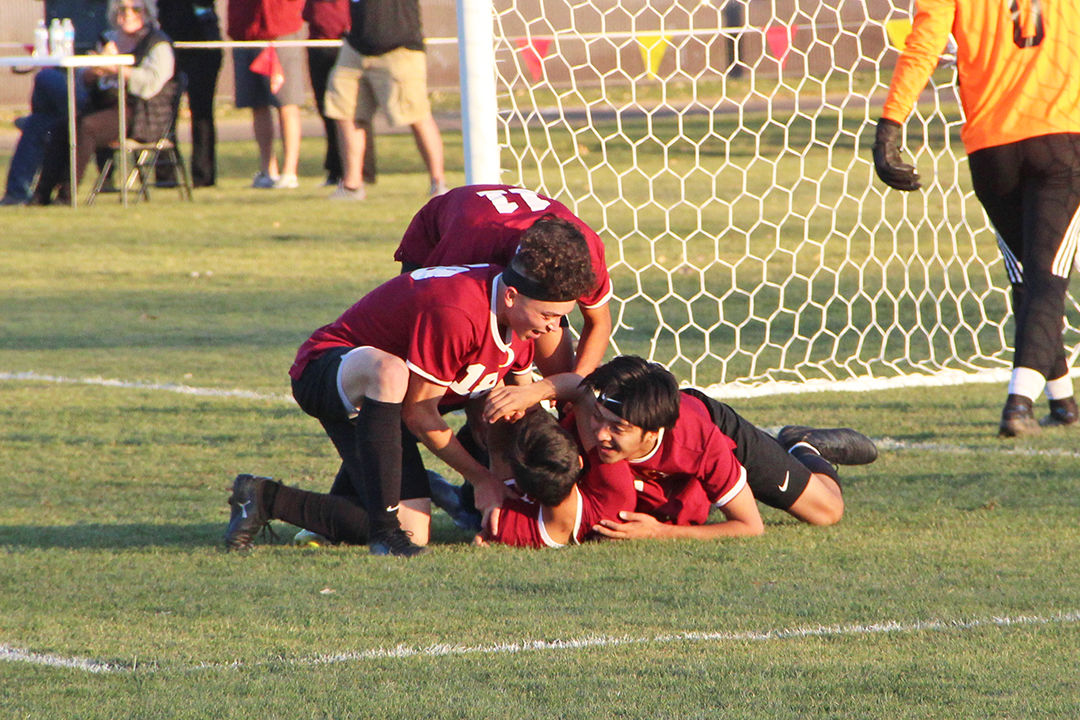 Jaime Gonzalez goal
