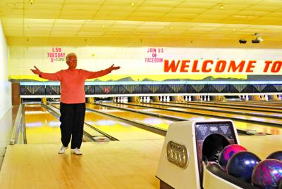Monday Seniors bowling league is going again