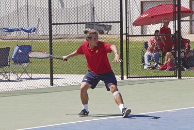 Grizzly boys take SRV tennis title