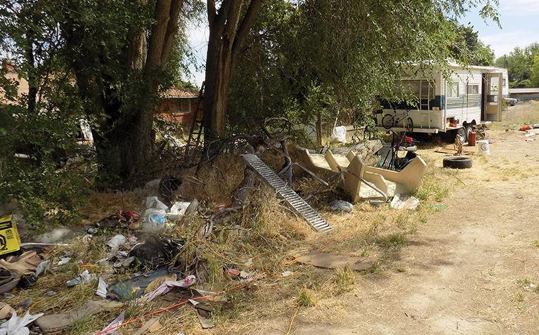 Officials enact ban on RV living; Court: No RVs as homes outside city limits