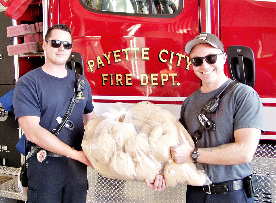 First responders receive rescue bears
