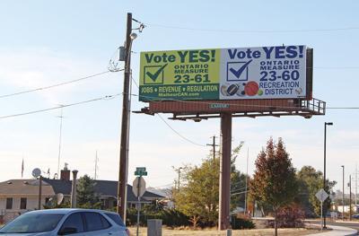 Double billboard