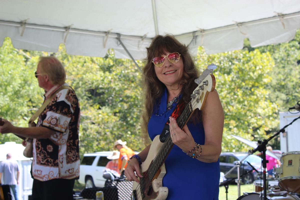 Queen Bee at New River Blues Festival