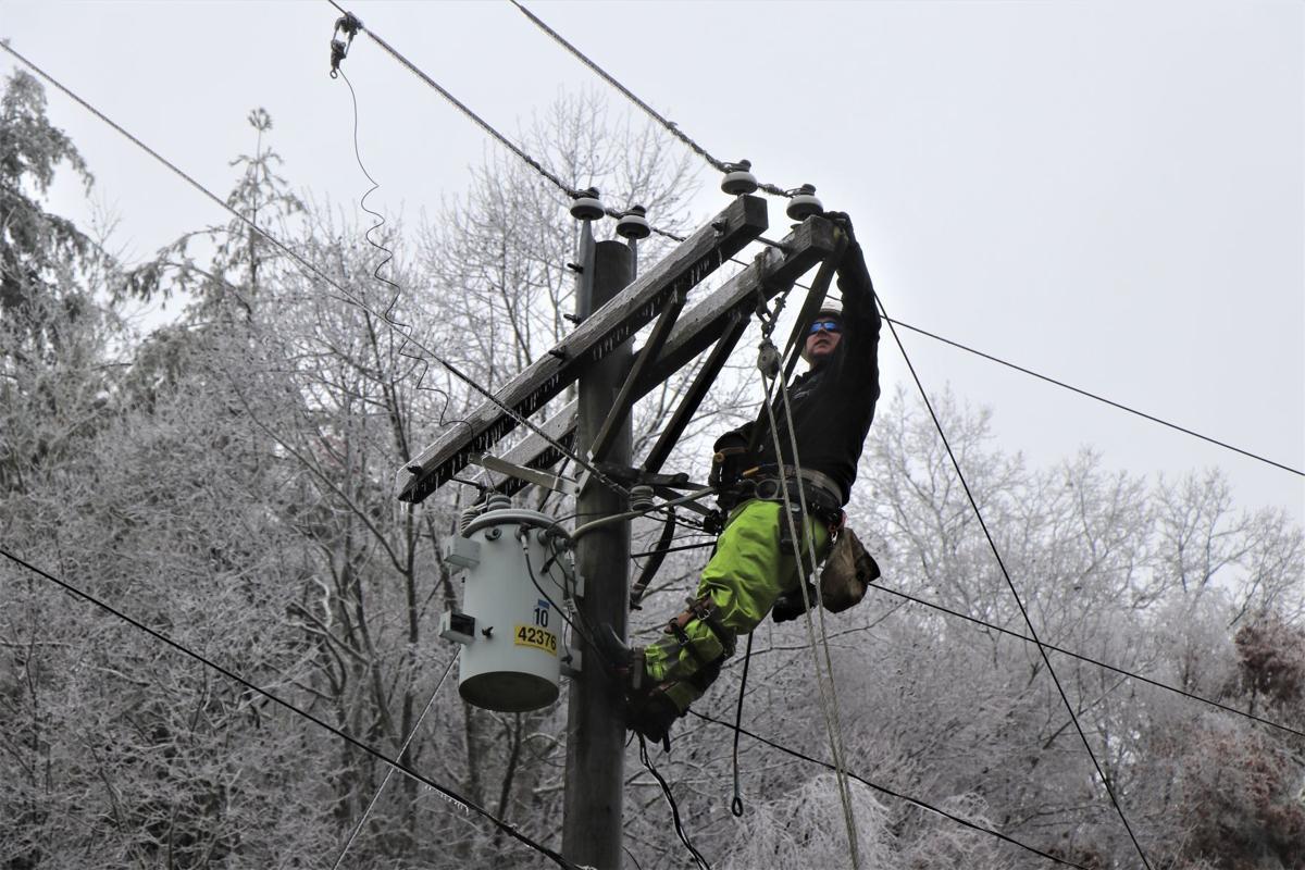 Blue Ridge Energy restoring power in Ashe