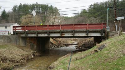 Lansing bridge to be replaced