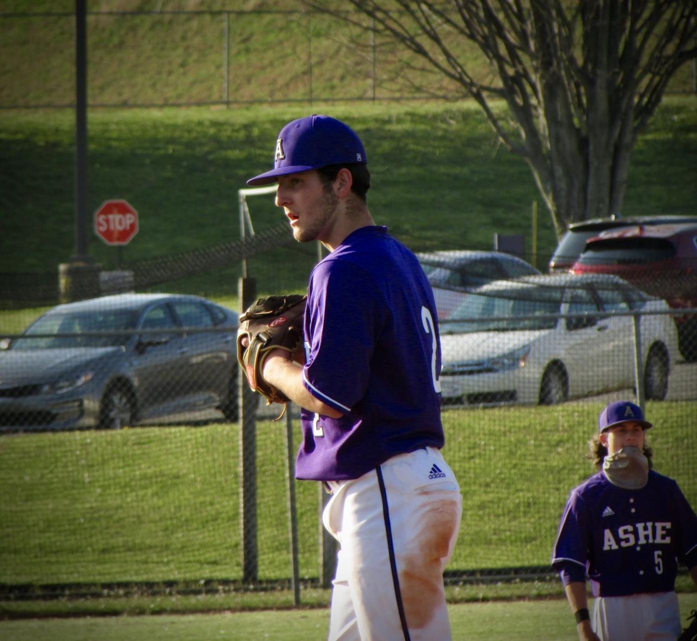 Dylan Short pitching 4/27