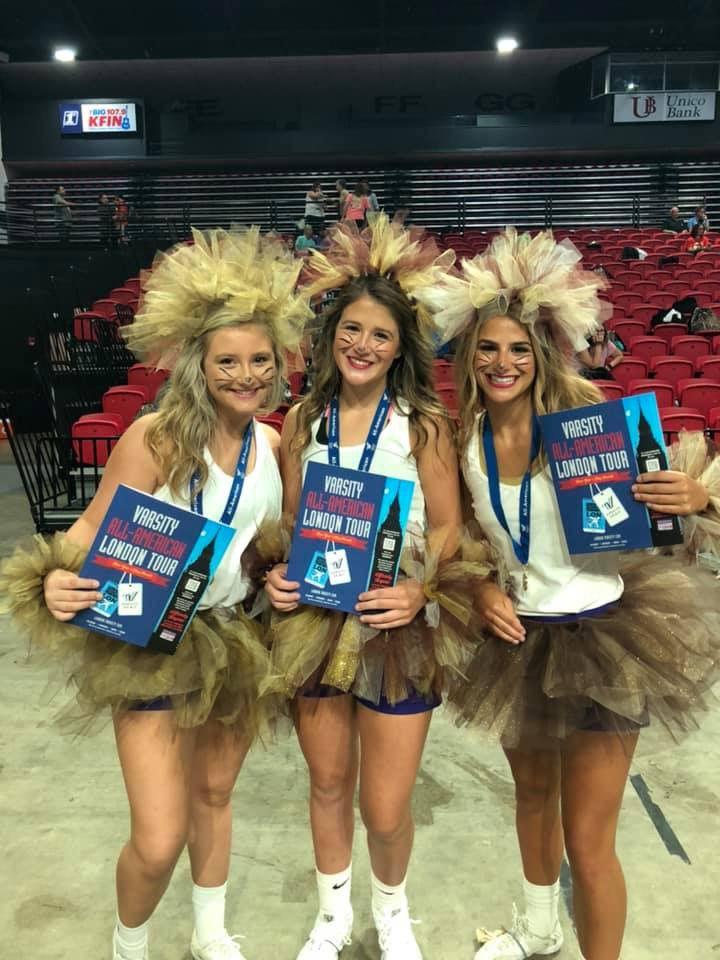 All American Cheerleaders