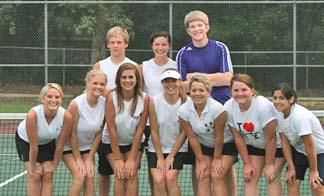 HHS Tennis Team Begins Year With Five Players Returning