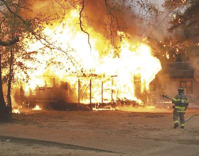 Monday fire destroys residence in Crossett